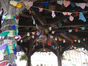 Market Cross Knitting